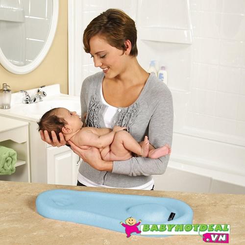 Gối xốp mềm tắm bé Safety 1st hiển thị nhiệt độ BA057